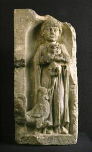 Stèle funéraire d'une fillette, Bordeaux. Début du IIe ap. J.-C. Photo mairie de Bordeaux