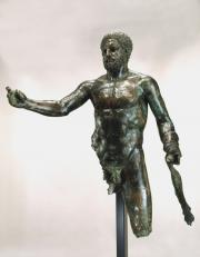Statue d'Hercule, Bordeaux. Fin du IIe siècle – tout début du IIIe siècle. Alliage de cuivre. Photo?, musée d'Aquitaine mairie de Bordeaux