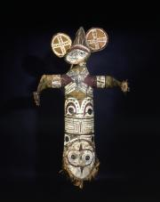 Statue-masque Vanuatu. musée d'Aquitaine