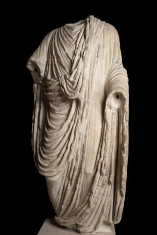 Statue de l'empereur Claude. 1ère moitié du Ier siècle.Photo mairie de Bordeaux