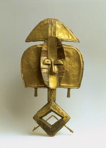 Figura de relicario, ngoulou,foto perteneciente al ayuntamiento de bordeaux.
