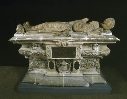 Foto de la tumba de Montaigne