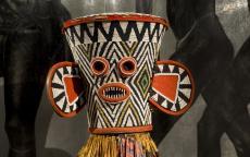 Masque bamileké du Cameroun. Musée d'Aquitaine. Photo Amaurie Grellier, ville de Bordeaux.
