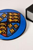Plaque couleur vitrail armes Angleterre en coffret, © L. Gauthier mairie Bordeaux